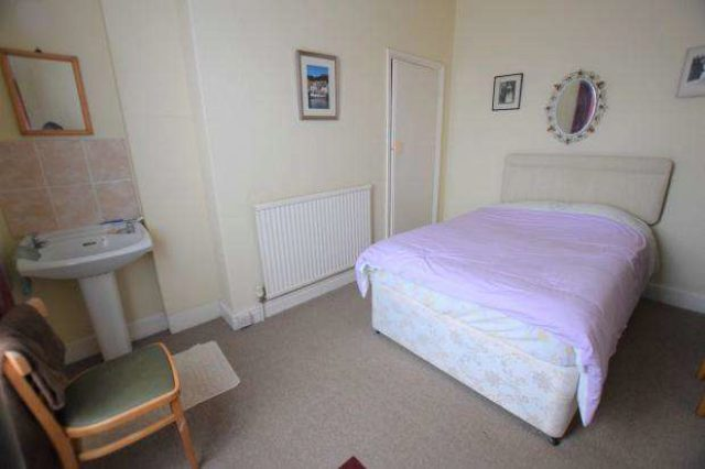 Image of 3 Bedroom Terraced House  For Sale at Norwood Street, Scarborough, YO12 at Norwood Street  Scarborough, YO12 7EG