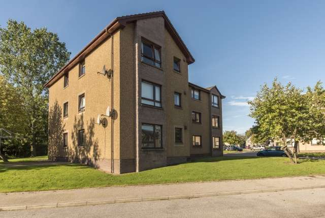 Image of 1 Bedroom Flat  For Sale at Hutcheon Low Place, Aberdeen, AB21 at Aberdeen, AB21 9WL
