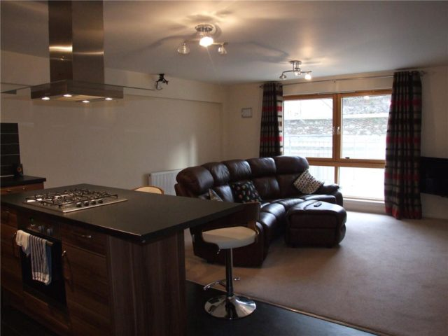 Flat For Rent In Charlotte Street Aberdeen Ab25 2 Bedroom To Let Ab25